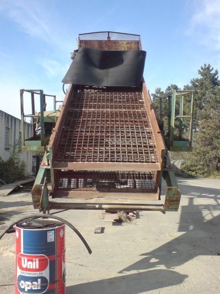 sauterelle-cribleuse-E1200-05